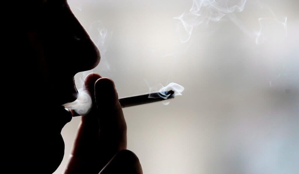 Fumare con impianti dentali dentisti croazia
